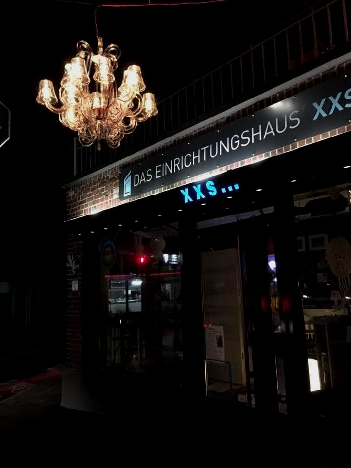 Das Einrichtungshaus XXS...
