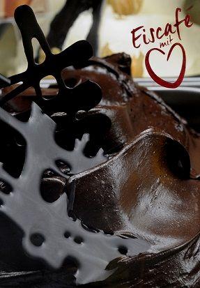 Eiscafé mit Herz