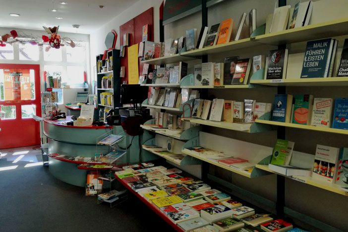 Bücher, Medien & mehr