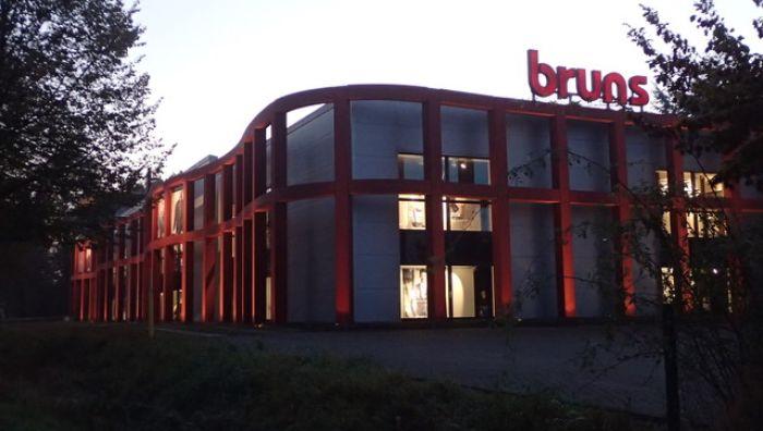 J.Bruns