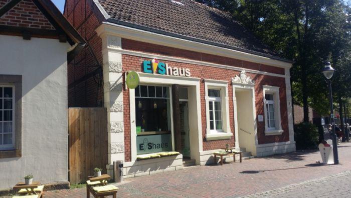 Eishaus