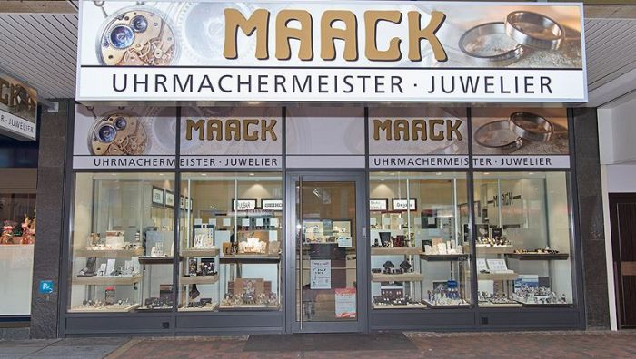 Juwelier E. Maack