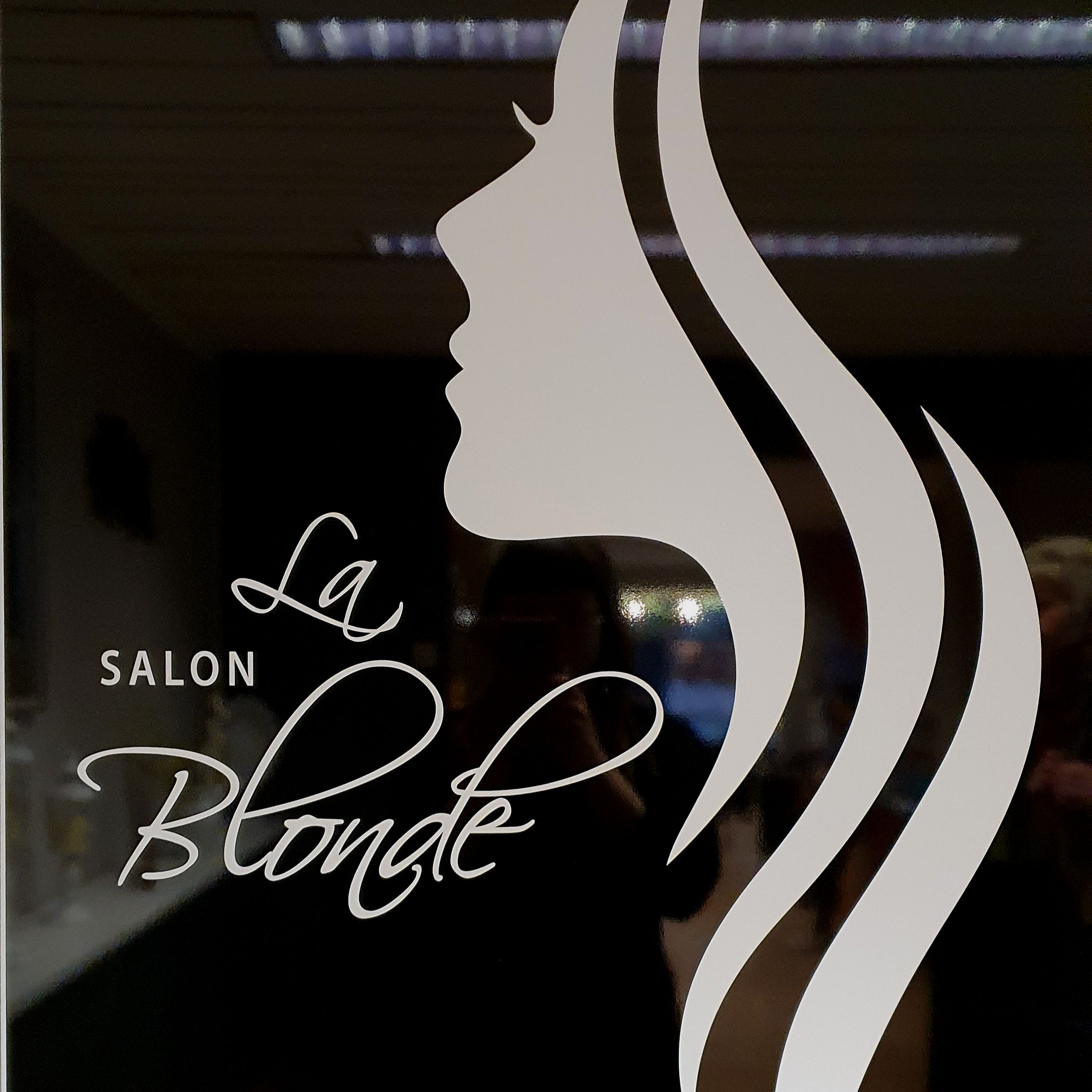 Salon LaBlonde