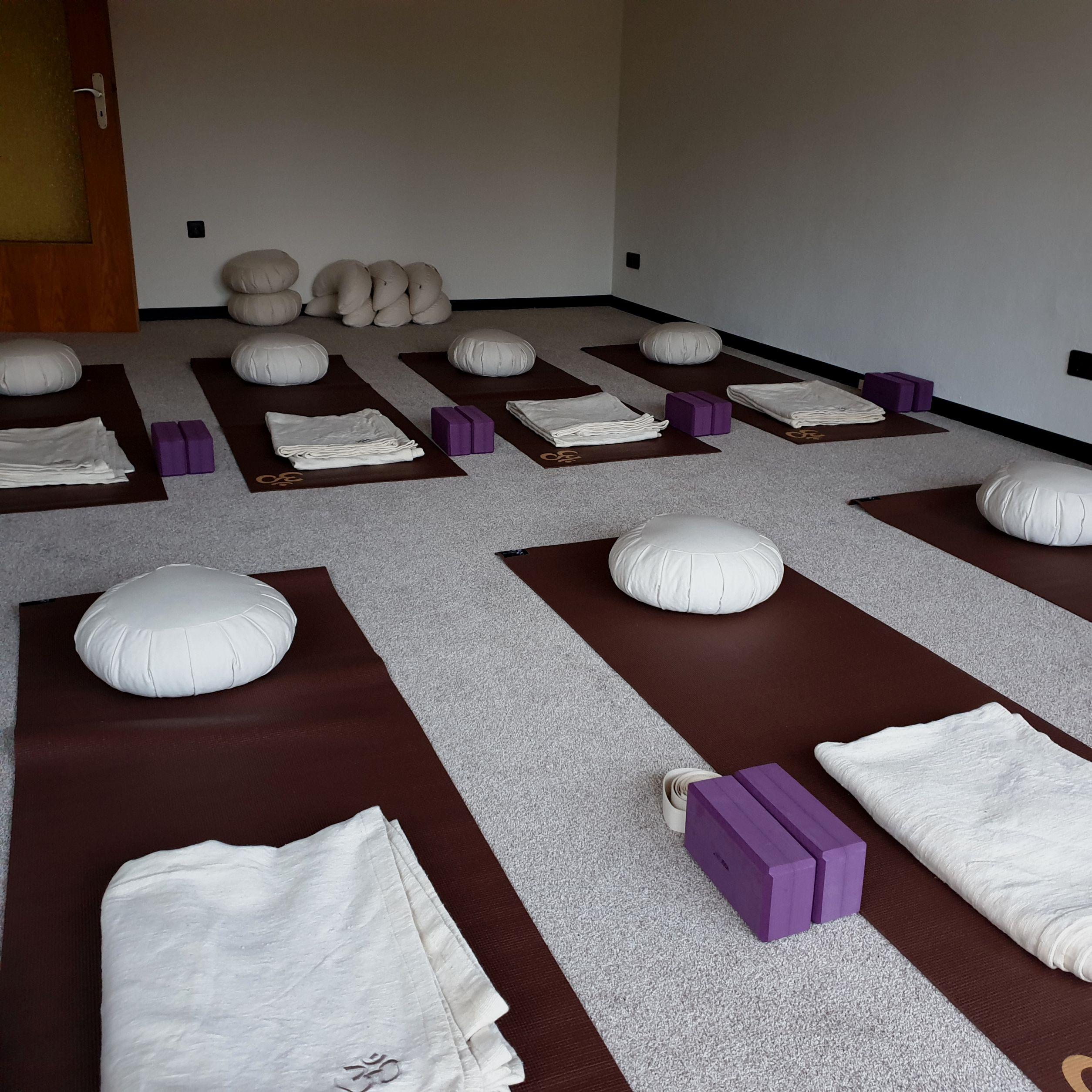 Anahata Yoga