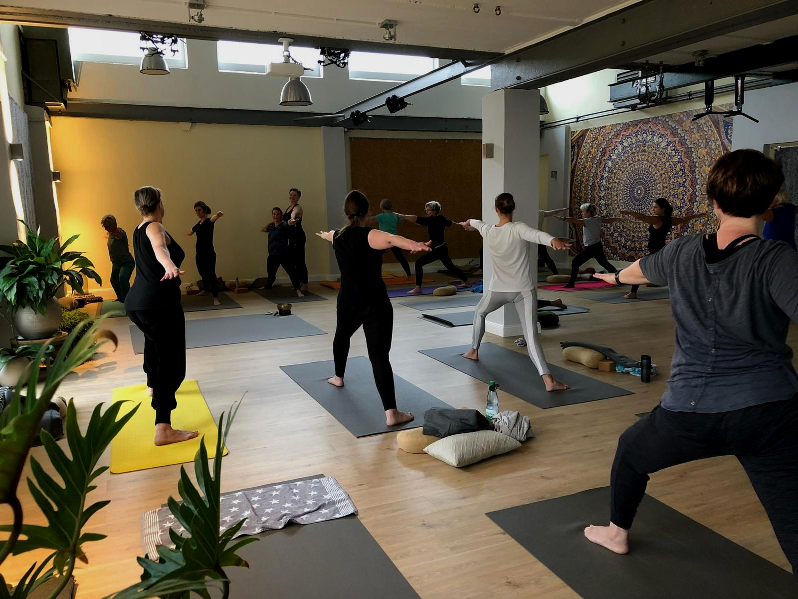 Yoga-Studio Bremerhaven (am Fischkai 57)