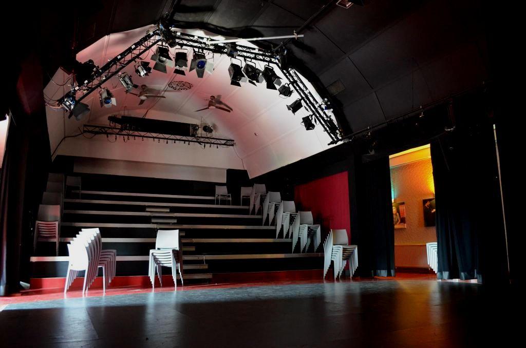 Schnürschuh Theater