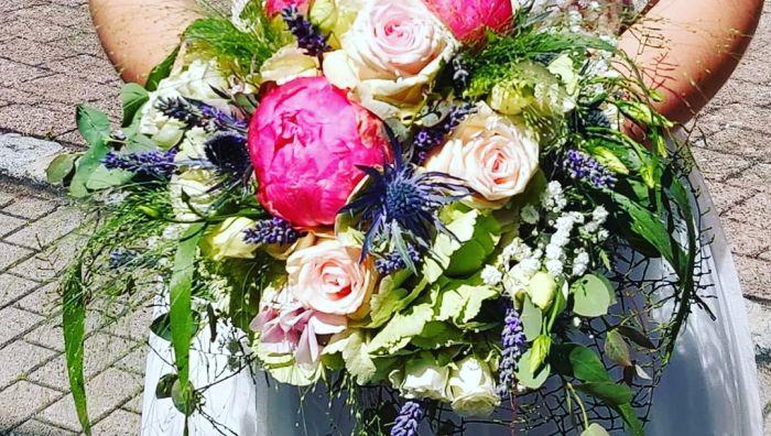 Blumenwerkstatt by Nicole