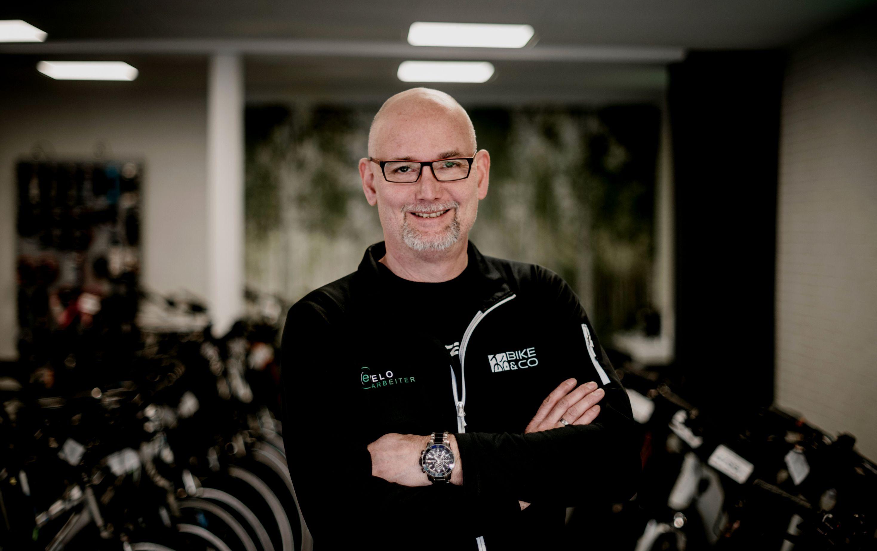 EVELO Arbeiter E-Bike & Fahrrad Mobilität