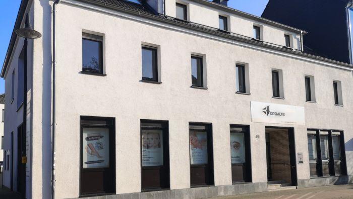 Bilinguale Kosmetikschule & Kosmetikstudio