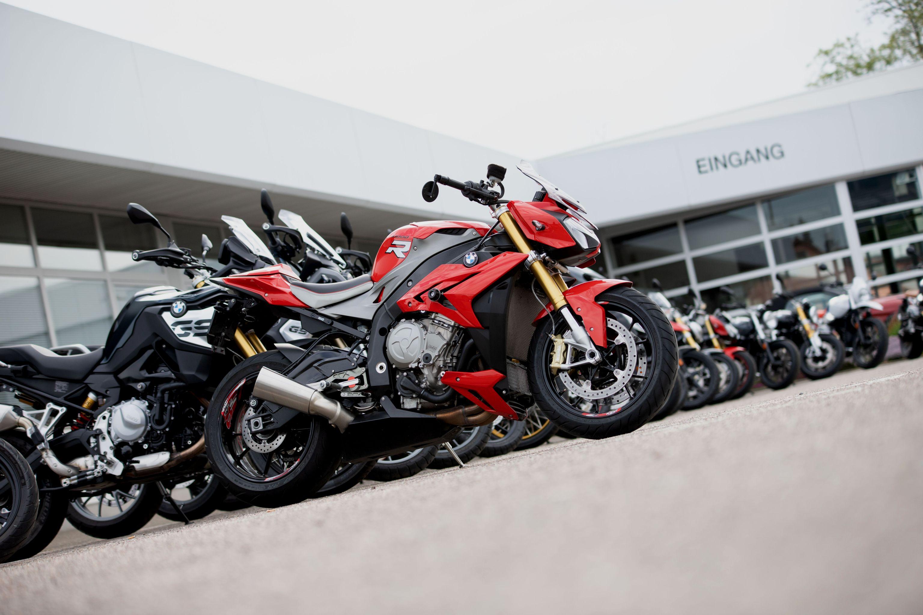 Gottstein Automobile + Motorräder