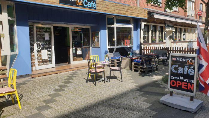 Monty's Deli Café