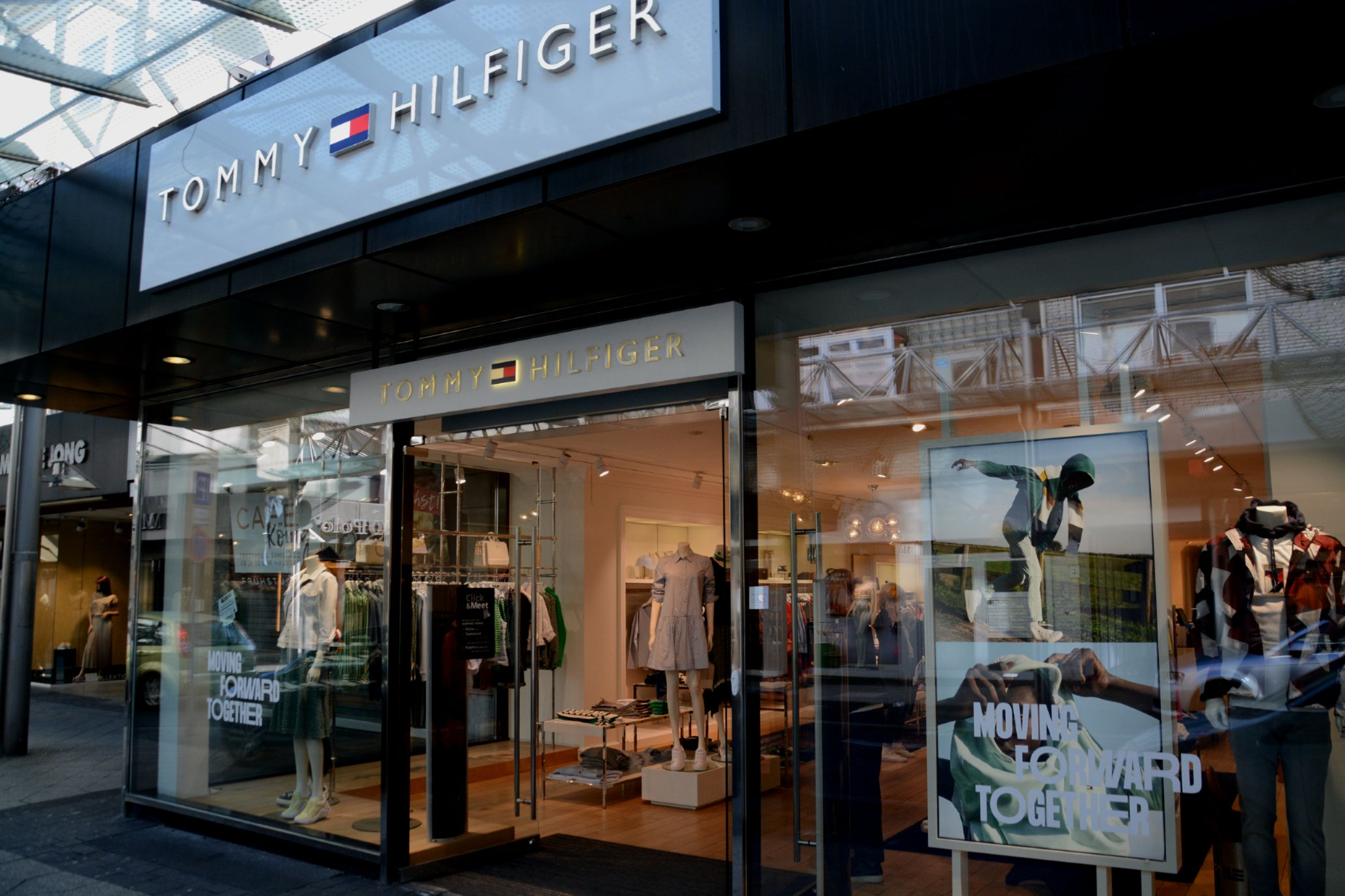 Tommy Hilfiger, Inh. Thomas Lache
